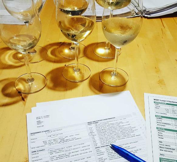 Let's try – Witte Bordeaux
